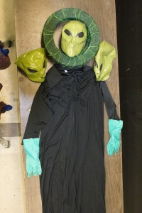 14_Alien_Costume